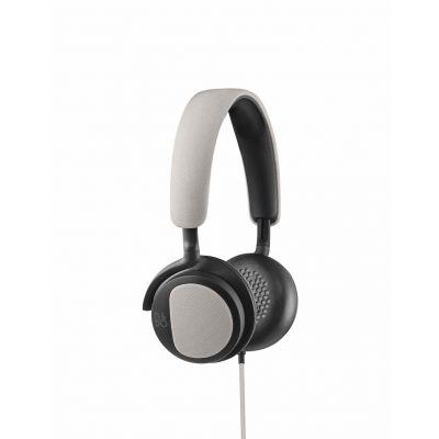Сребристи BeoPlay H2 On-Ear слушалки с рамка и наушници с размер на ухото