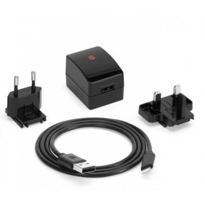 Черно зарядно устройство Griffin PowerBlock с британски и европейски адаптер